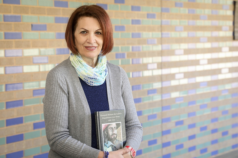 Dr. Lola Orellano Norris