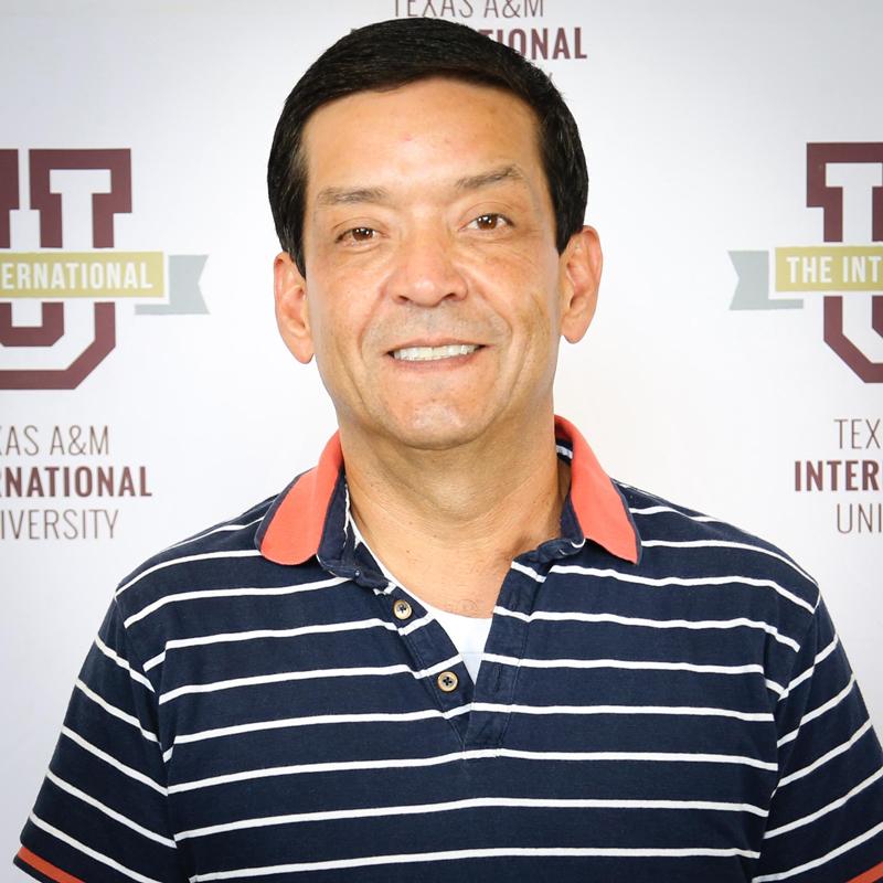 Dr. Gilberto D. Soto