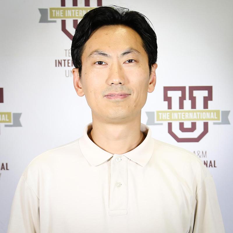 Dr. Runchang Lin