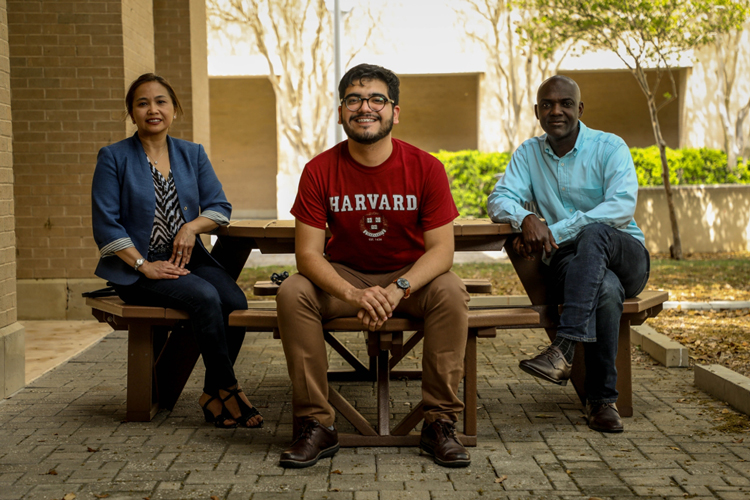 Erick Vázquez Cano, center, is pictured with his TAMIU mentors. To his left is Dr. Ruby Ynalvez, associate professor of Biology and to his right, Dr. Alfred Addo-Mensah, associate professor of Chemistry.
