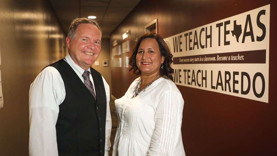 Dr. James O'Meara, dean of TAMIU's College of Education and 'We Teach Texas' Leadership Fellow Scholarship recipient Jessica Soto-Martínez.