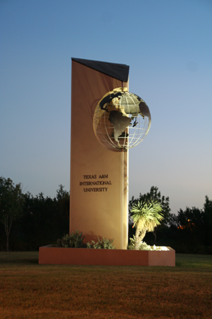TAMIU entrance globe
