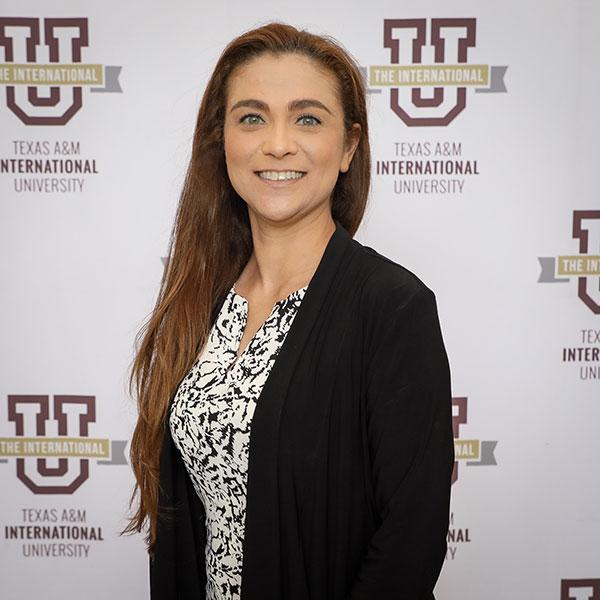 Photo of Dr. Claudia San Miguel