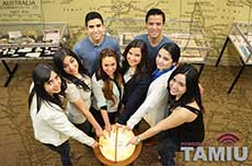 Learn at TAMIU