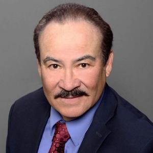 Dr. Renato Aguilera