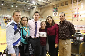 TAMIU Student with Parents at Sprit Week